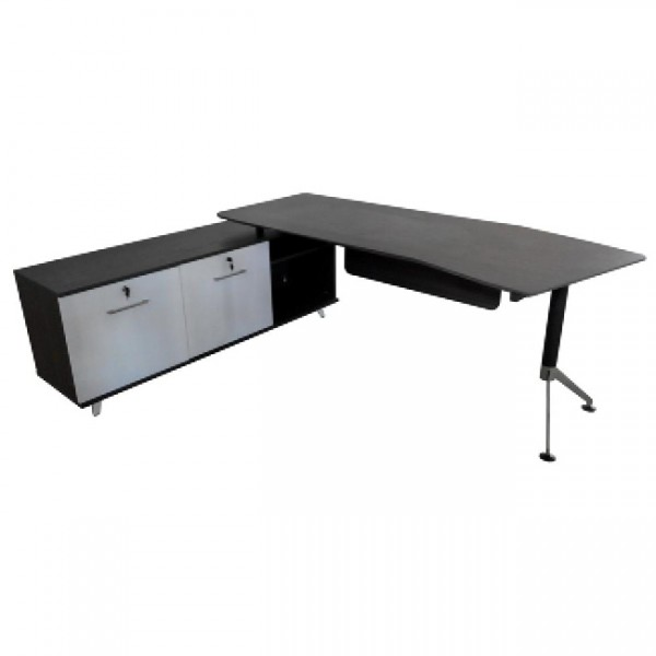 Millswood Executive Desk Setting Available From